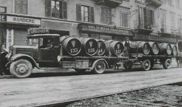 Vino Vino 1933