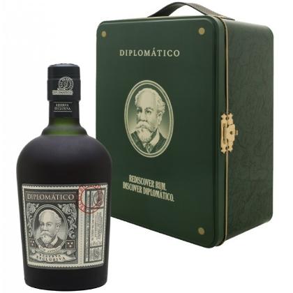 Rum Diplomatico Reserva Esclusiva Gift Pack Holiday Season